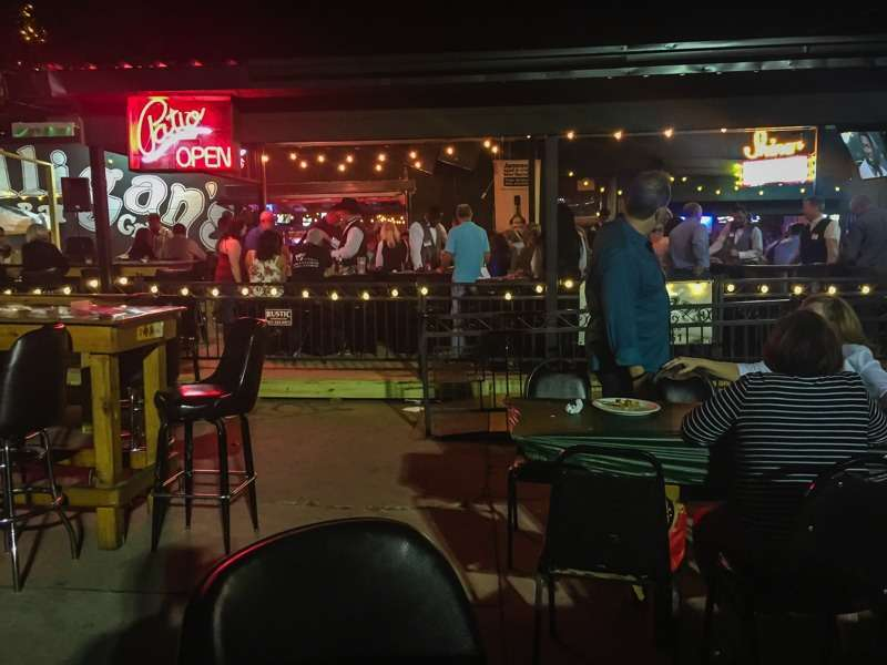 J Gilligan's Bar and Grill